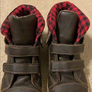 GAP Shoes - Gap Kids brown velcro boots